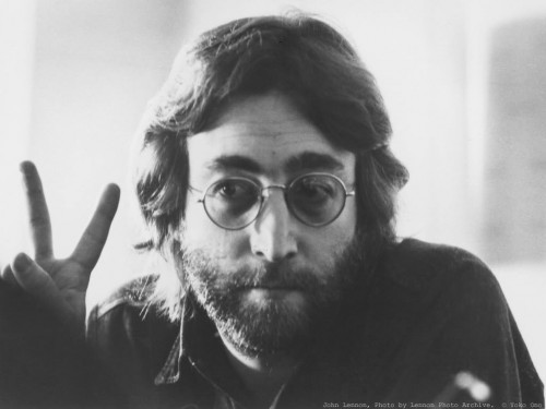 [filler] John Lennon PeaceSign-500x375