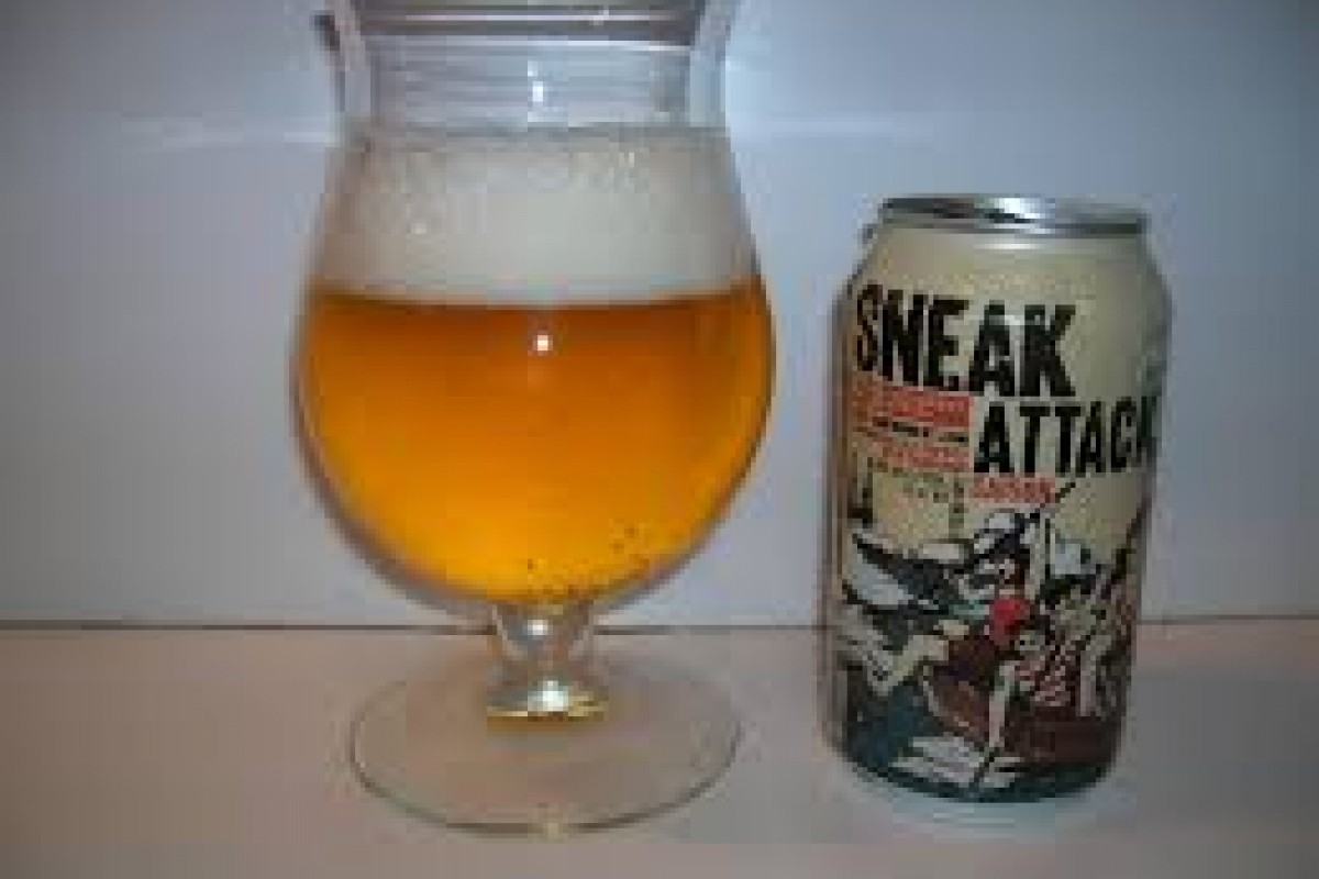 Beer Review: Sneak Attack Saison (21st Amendment Brewery, San Francisco, CA)