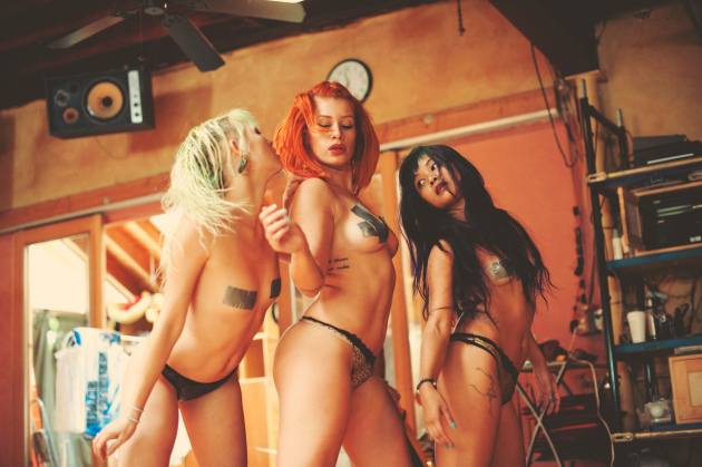 Suicide girls 1