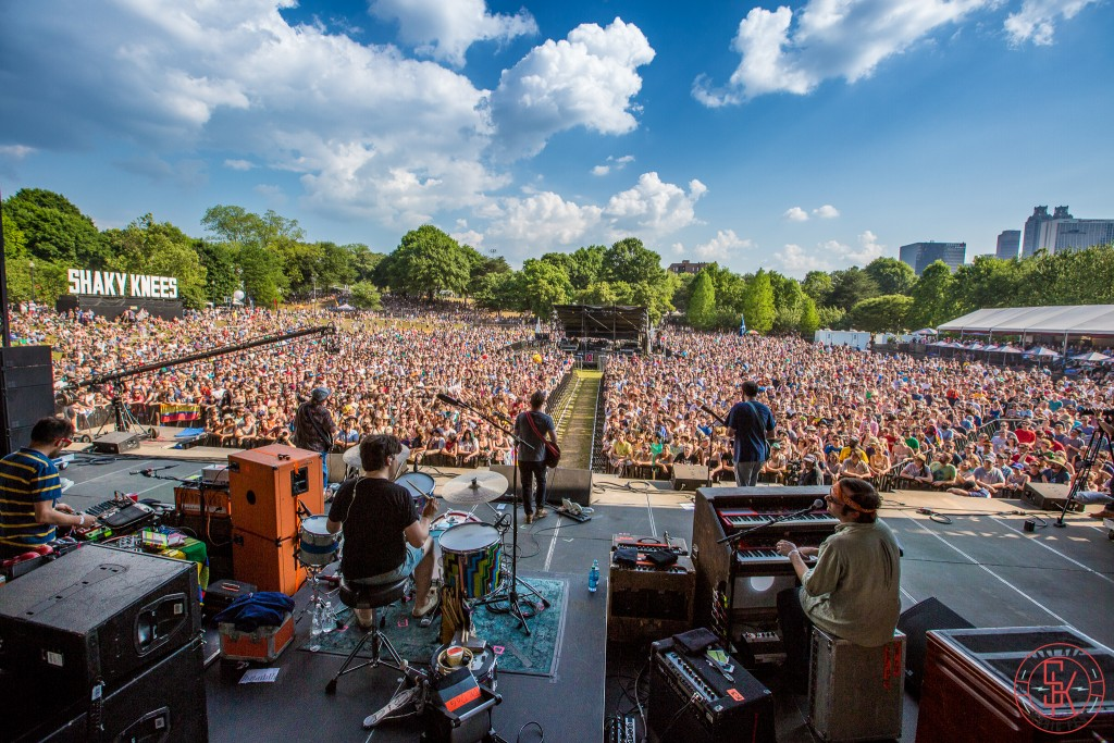 Dr Dog Shaky Knees 2015 4