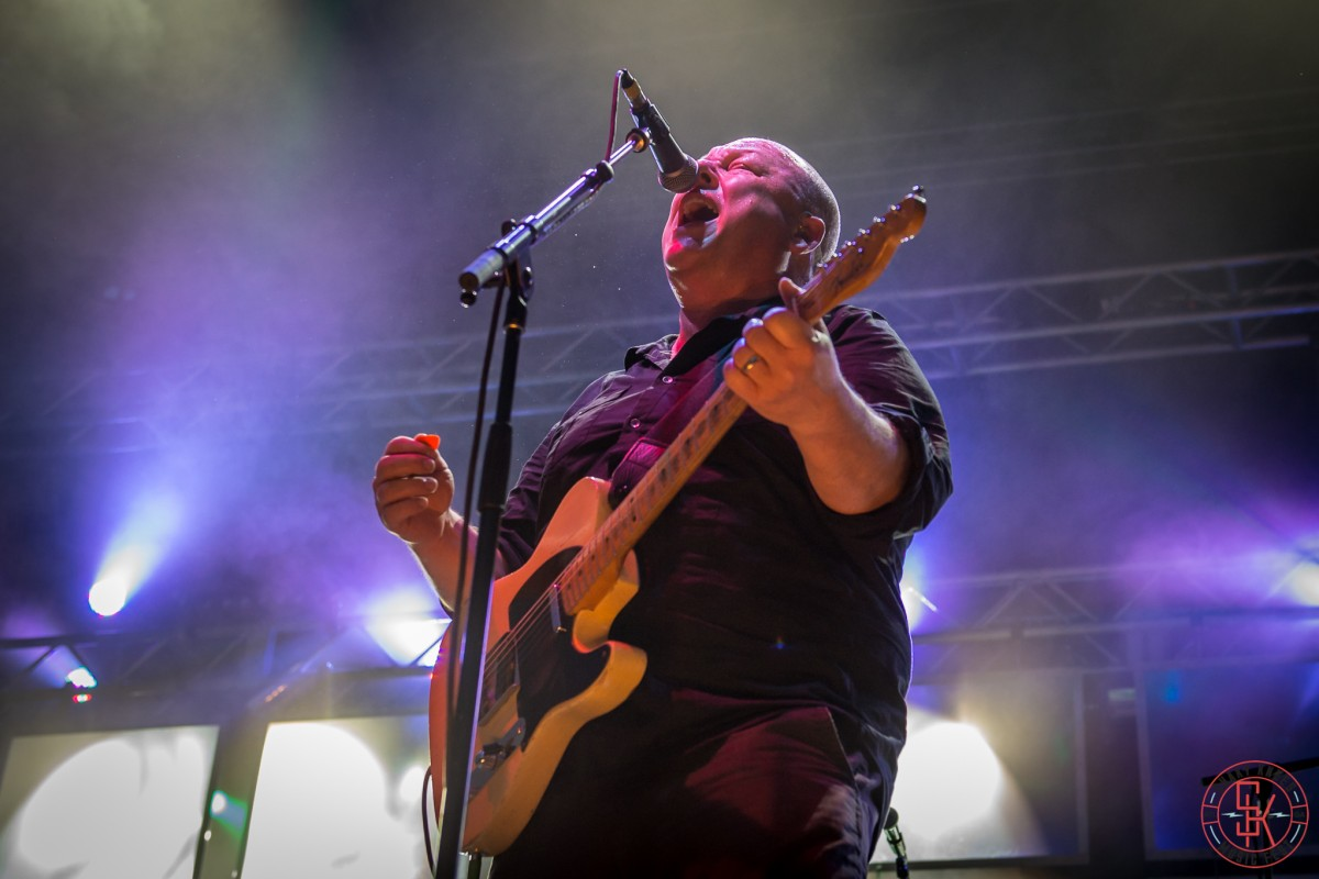PHOTO GALLERY :: The Pixies at Shaky Knees 2015 + Live Videos