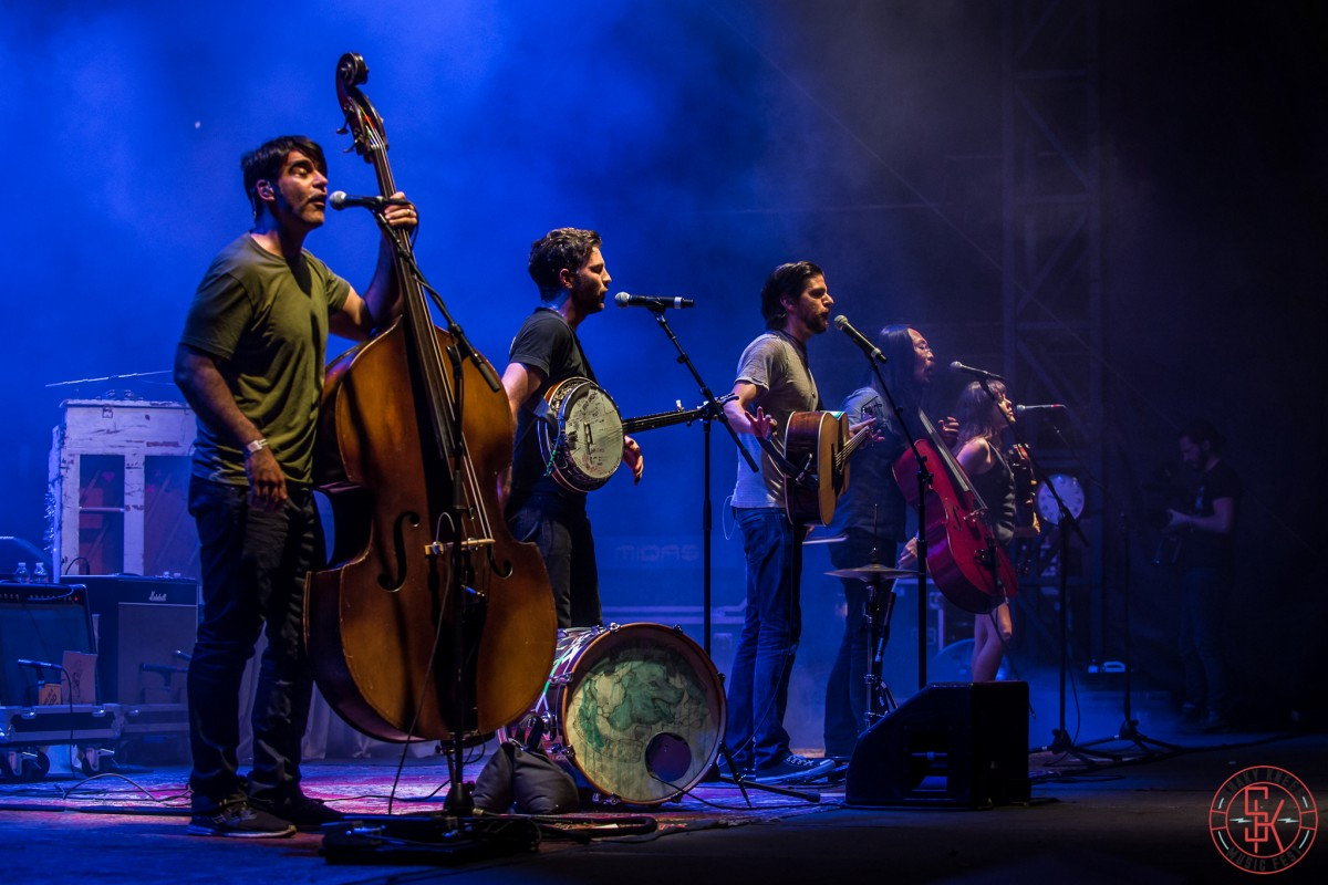 PHOTO GALLERY + LIVE VIDEOS :: The Avett Brothers at Shaky Knees 2015