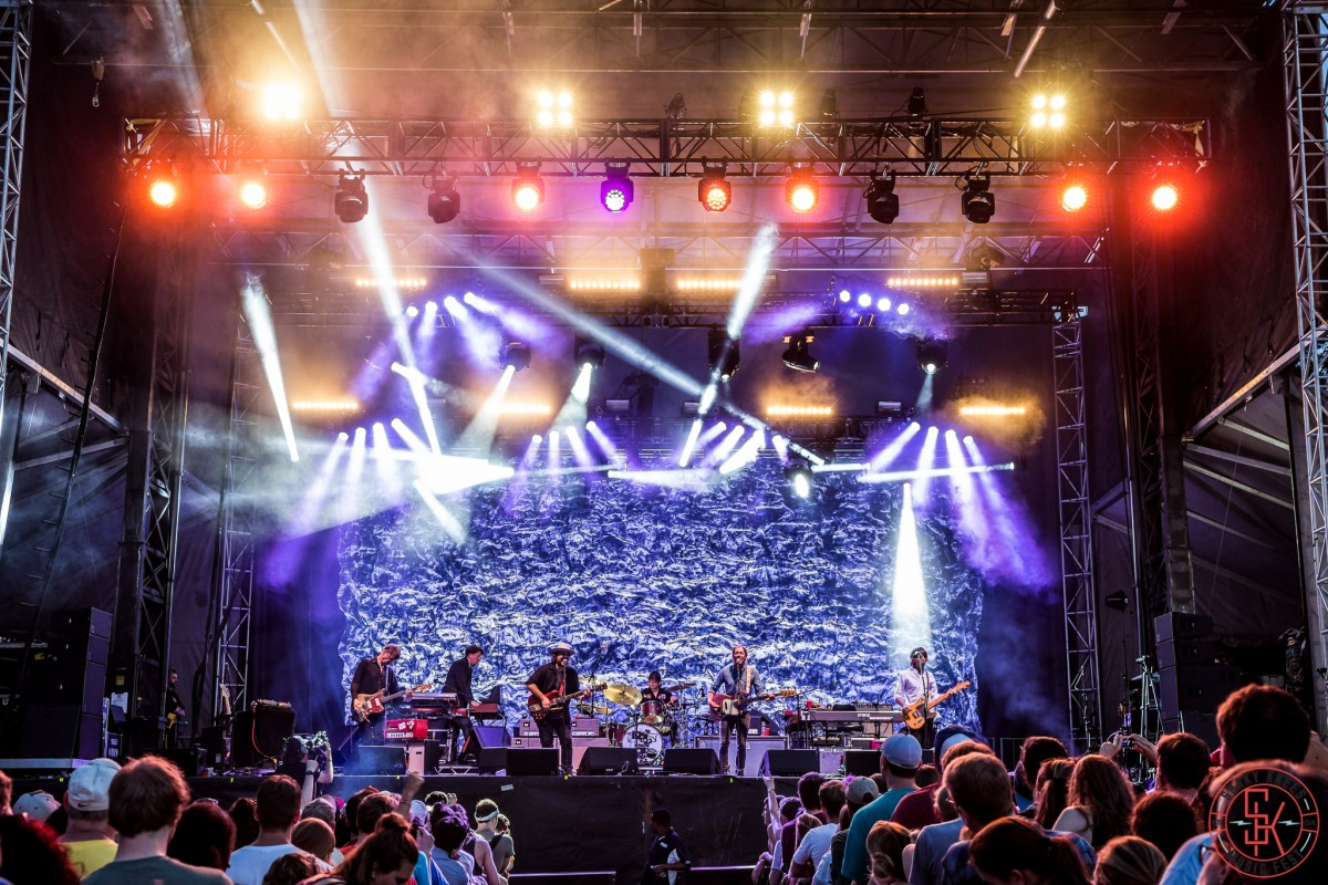 PHOTO GALLERY :: SHAKY KNEES 2015 :: Wilco, Interpol, Noel Gallagher's High Flying Birds, the Viet Cong, ZZ Ward + live videos