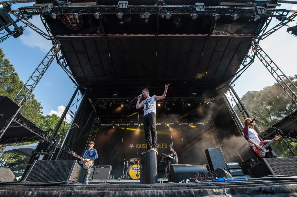 kaiser chiefs shaky knees 2015 1